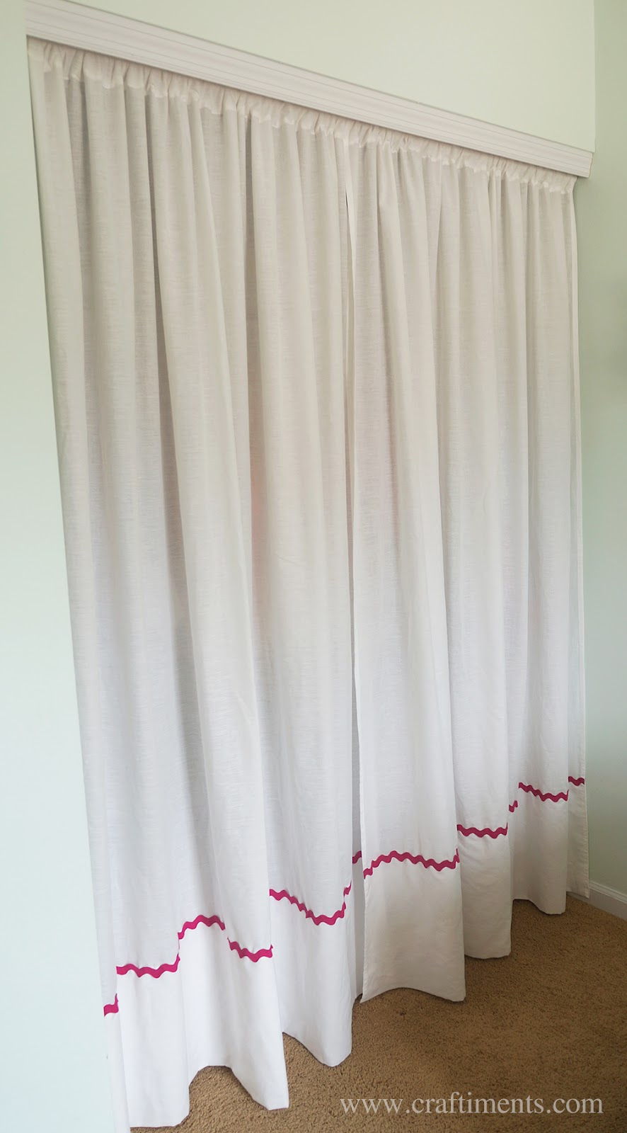 Closet Curtain Craftiments Replacing Closet Doors With Curtains Made From Bedsheets