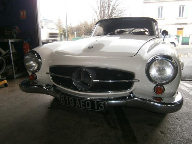 Garage halleur mercedes 190 sl for Garage mercedes paris 13