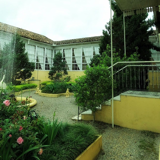 Jardim no centro da casa de Carlos Barbosa, Jaguarão