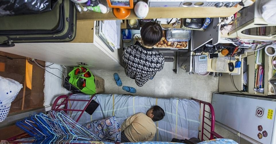 Newsalert Cities Full To Bursting From 163 400 A Month Coffin Apartments In Hong Kong To One