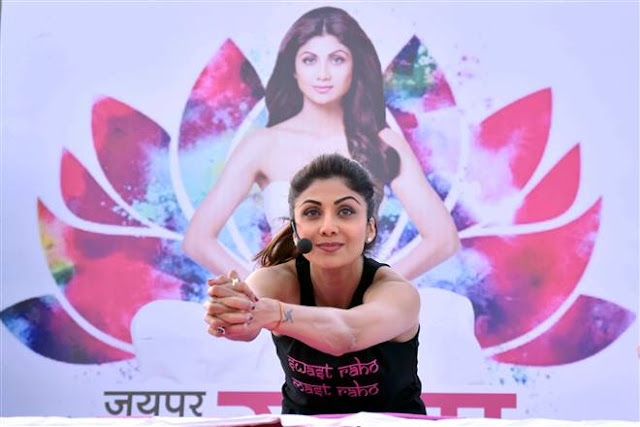 Shilpa Shetty Performs Yoga In Jaipur Event Stills