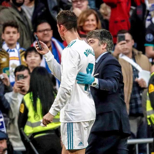 """Real thắng đậm, báo giới nói Bale """"dạy"""" Ronaldo cách ghi bàn 2"""