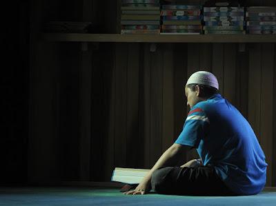 17 Keutamaan membaca Al Qur'an Setiap Hari