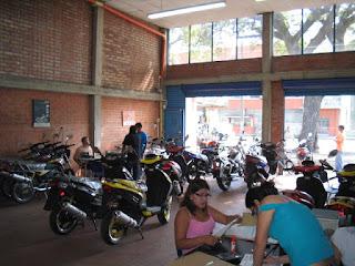 Concesionario-motos-UM