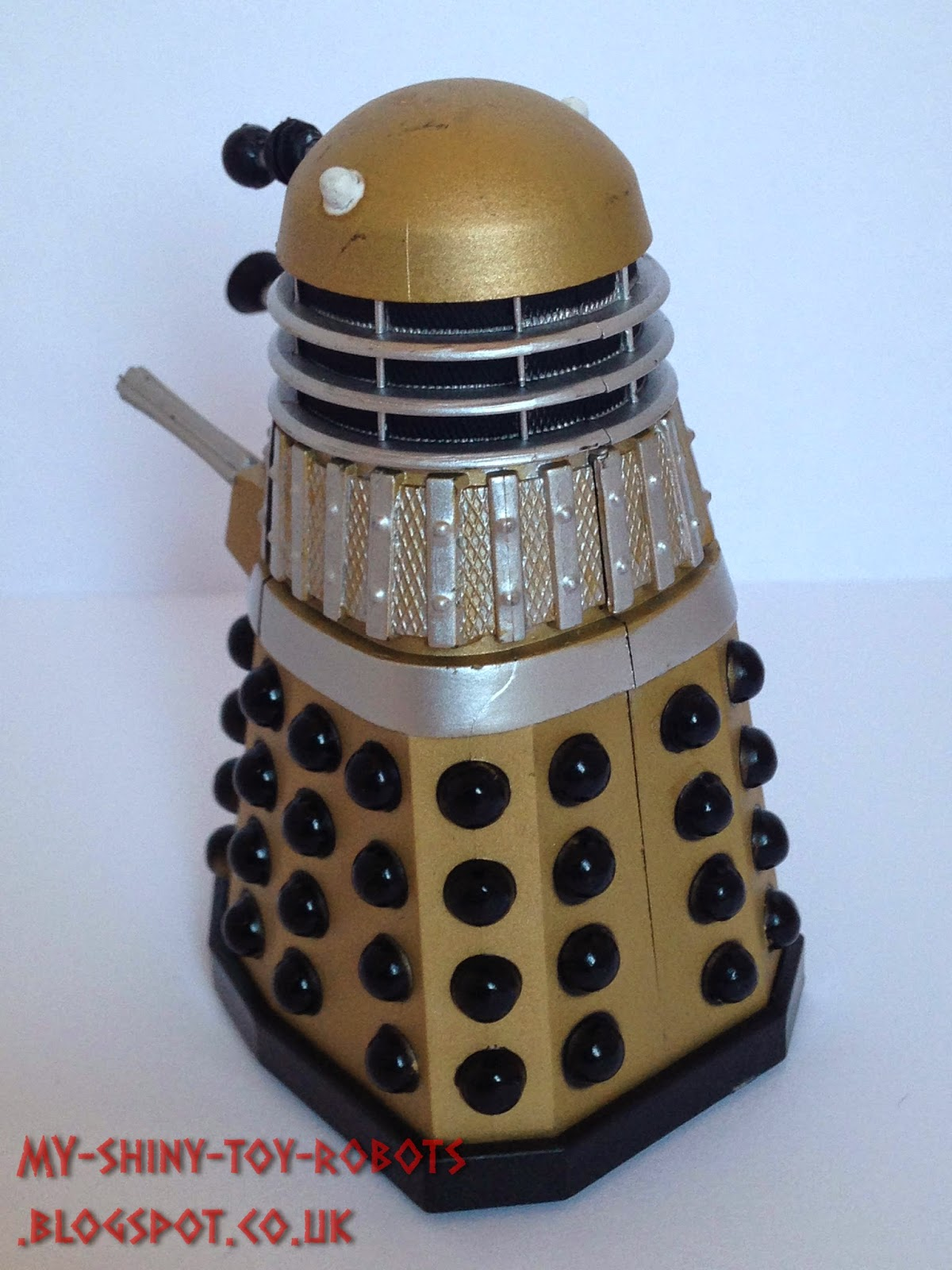 Gold Dalek back