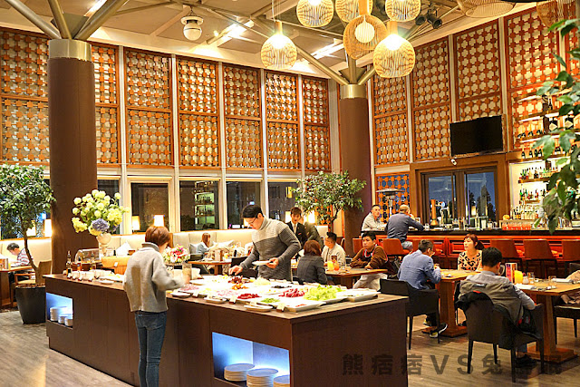 DSC03097 - 熱血採訪│裕元花園酒店映景觀餐廳,台中情人節餐廳之夜乾式熟成牛排的浪漫饗宴