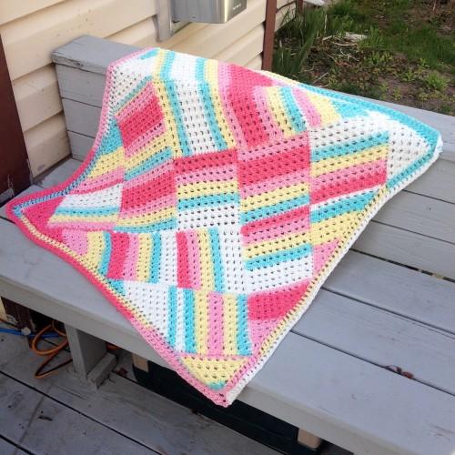 Tutti Frutti Baby Blanket - Free Pattern