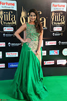 Manjusha in Beautiful Sleeveless Green Anarkali dress at IIFA Utsavam Awards 06.JPG