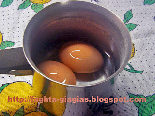 Αυγά βραστά σαλάτα - από «Τα φαγητά της γιαγιάς»