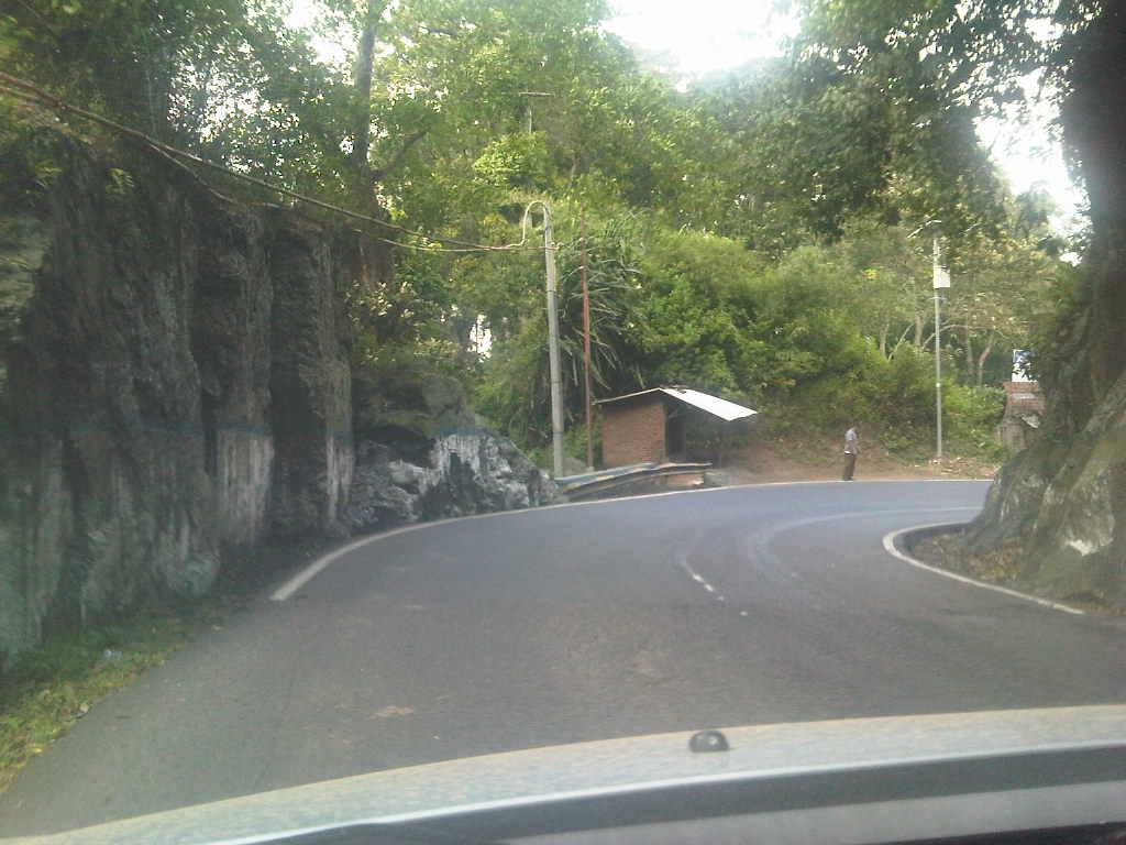 Berkendara Nyaman Di Gunung Gumitir