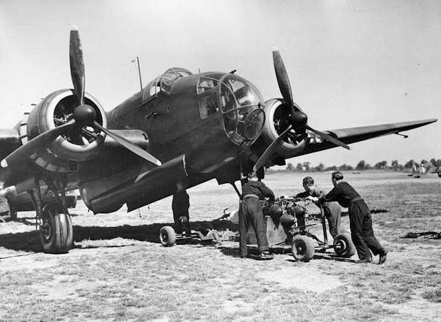 2 August 1940 worldwartwo.filminspector.com Handley Page Hampden bomber RAF