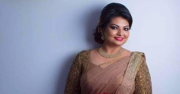 Mallu Producer Sandra Thomas Looks Stunning in her Wedding ...