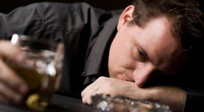 4 Bahaya Alkohol Yang Wajib Anda Ketahui