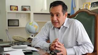 """El ministro de Educación de la Nación, Alejandro Finocchiaro, acusó a los miembros de Ctera de dejar sin clases a los estudiantes que tienen que prepararse para rendir y no llevarse materias. """"Un paro ahora demuestra el poco cariño que tienen por los chicos"""", enfatizó"""