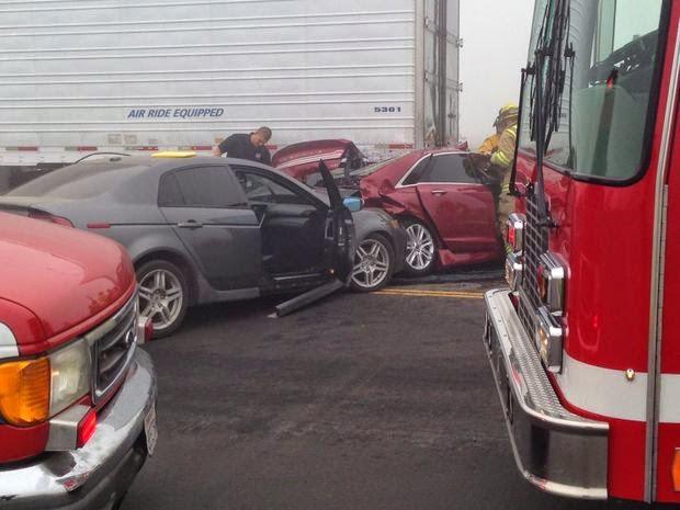tulare county highway 198 big rig car crash fog road 64