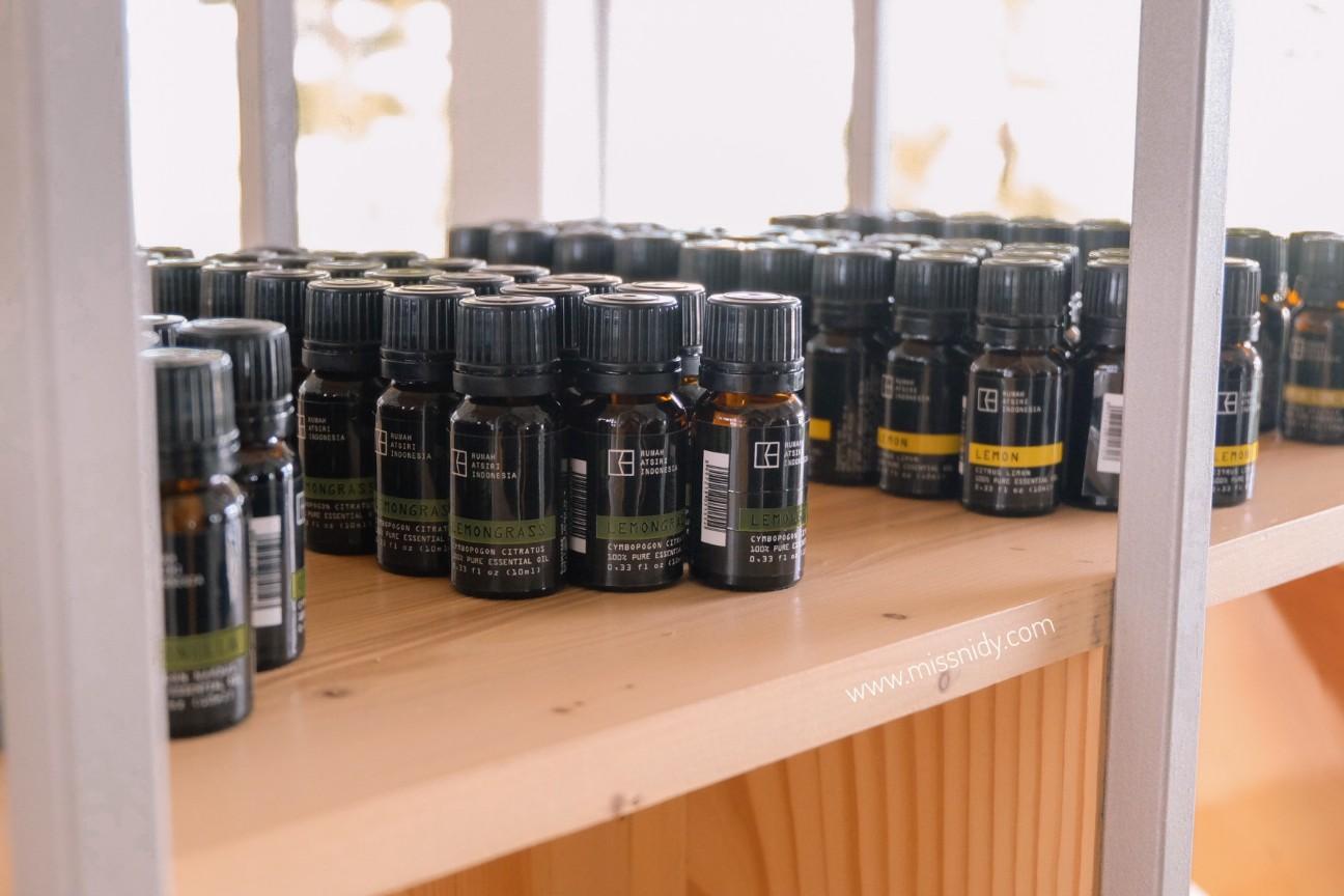harga essential oil di rumah atsiri indonesia