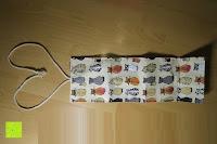 auseinandergeklappt: Damero Rollentasche für Gelstift Schreibzubehör gerollter Halter mit Leiwand für Buntstift Reiseorganisator-Beutel für Künstler, Mehrzweck (keine Bleistifte im Lieferumfang enthalten), 48 Löcher, Katzen