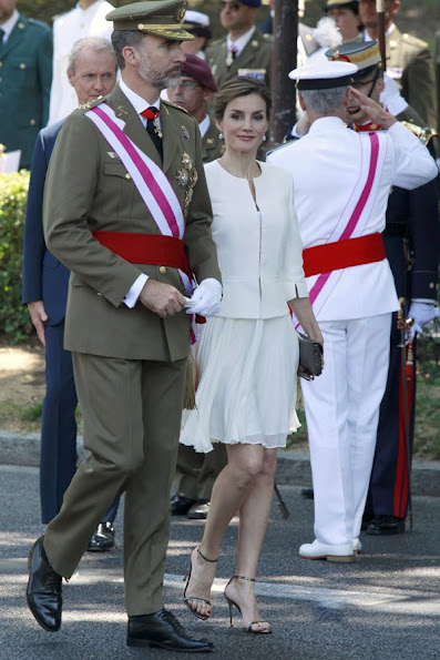 Spanish Royals attended the 2015 Armed Forces Day at Plaza de la Lealtad
