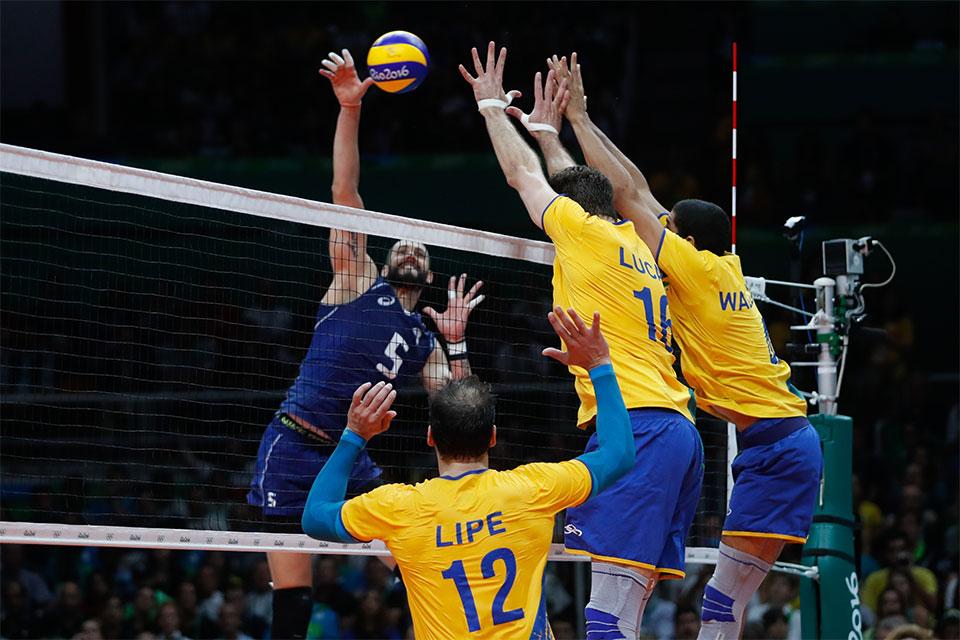 Seleção brasileira disputa com a Itália a final de vôlei dos Jogos Olímpicos Rio 2016, no Maracanãzinho. Foto: Fernando Frazão/Agência Brasil