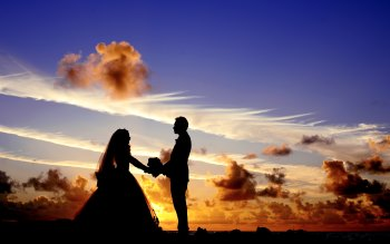 Wallpaper: Wedding at sunset in Maldives