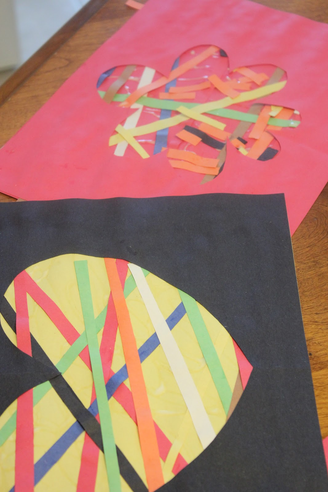 Construction Paper Craft - Paper Crafts Ideas for Kids