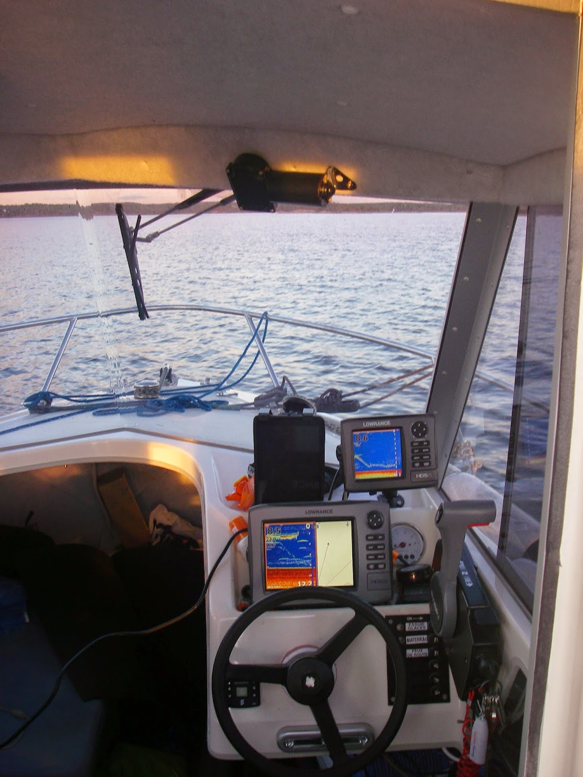 Team Colibri: What is the difference between Lowrance HDS