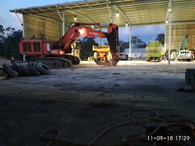 gambar excavator ripper