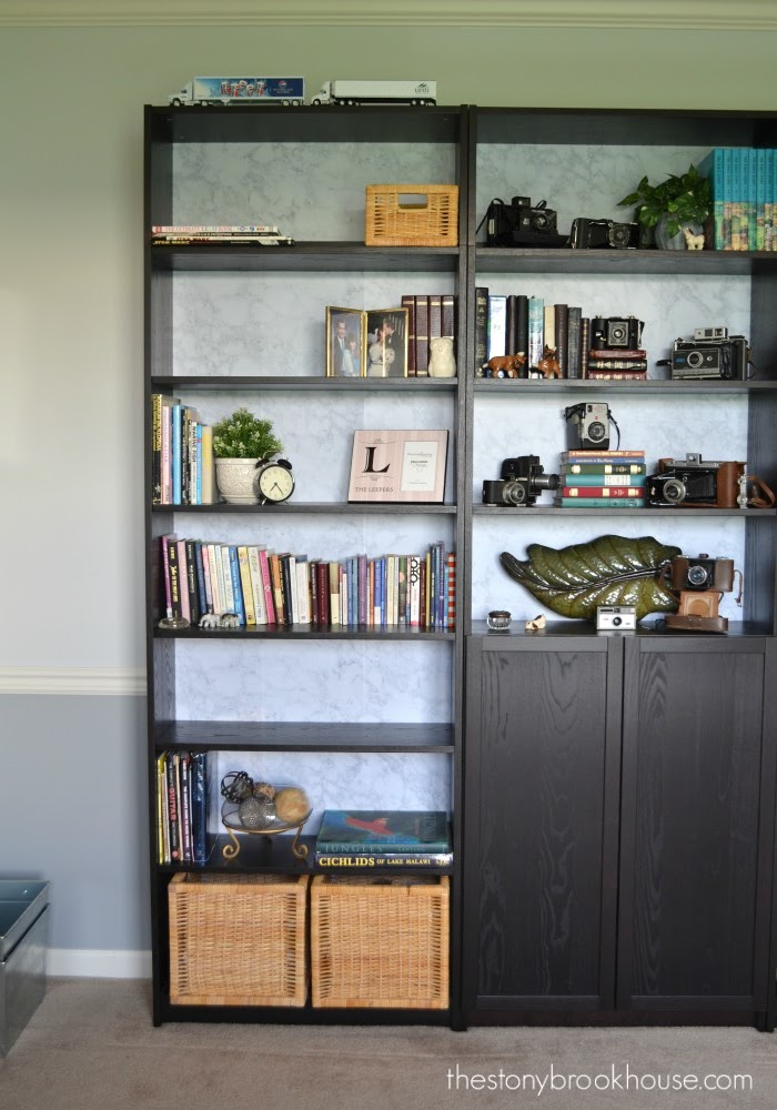 Bookcase right side
