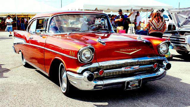 Chevrolet Vintage Rouge - Fond d'écran en Ultra HD 4K