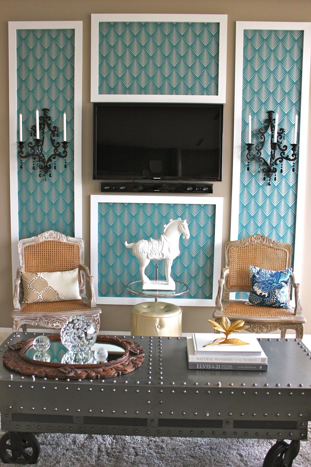 Remodelaholic Framed Wallpaper Panels