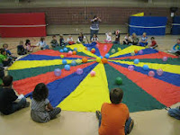 Kids Play with Parachute using Multiple small balls
