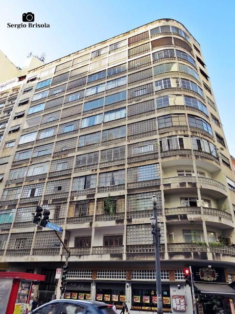 Vista ampla do Edifício Trussardi - Centro - São Paulo