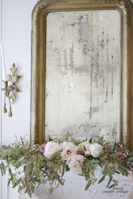 French Country Friday- White & blush Christmas