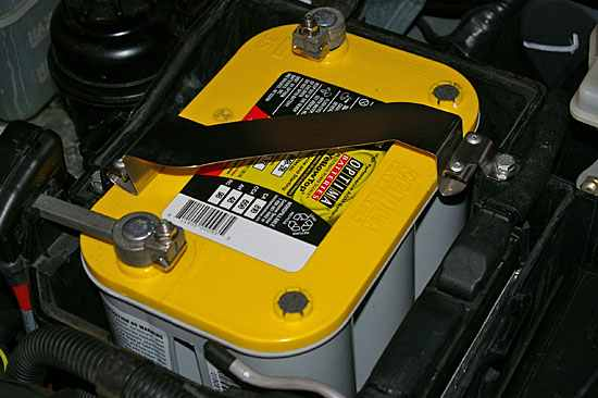 How to hook up a second battery in my car