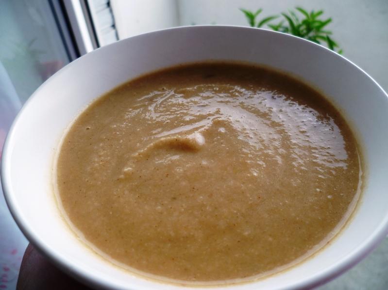bentown marokkanische blumenkohl suppe mit mandeln brokkoli suppe. Black Bedroom Furniture Sets. Home Design Ideas