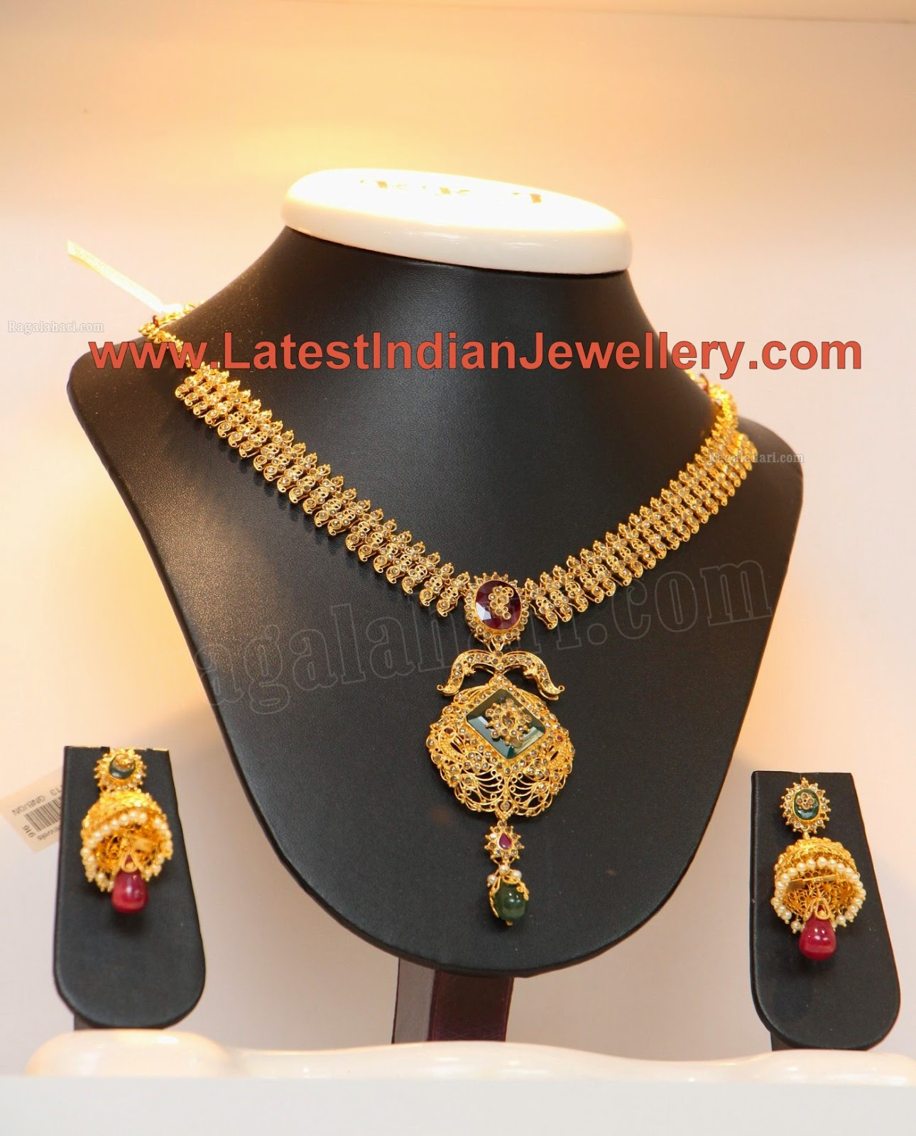 Uncut Diamond Necklace Jhumkas Set