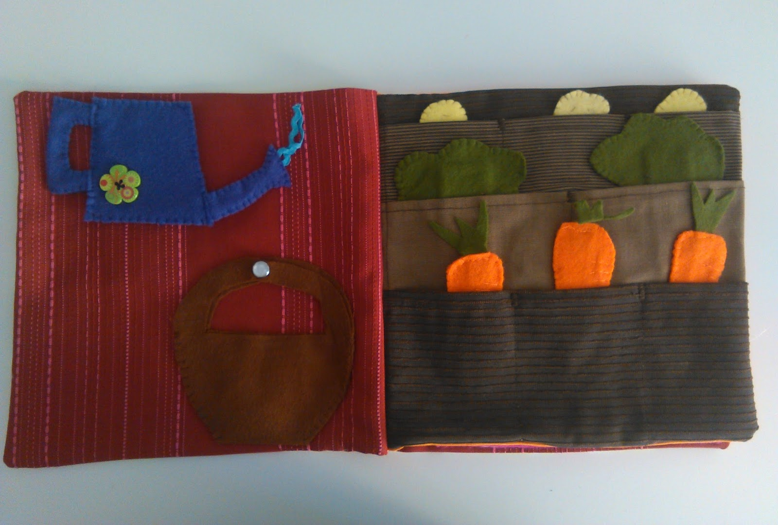 Idee Creative Cucito : Mangia leggi crea idee per un garden cook quiet book