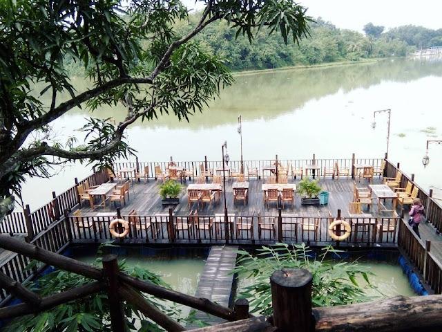 foto restoran apung jembangan kebumen