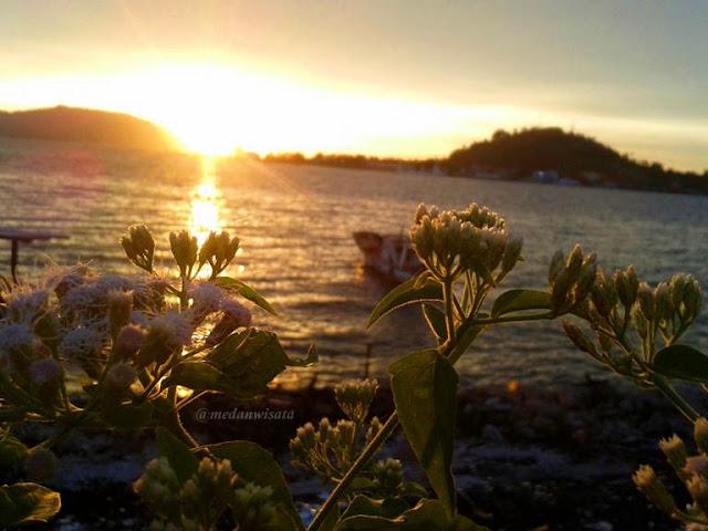 Sunset di Teluk Sabang