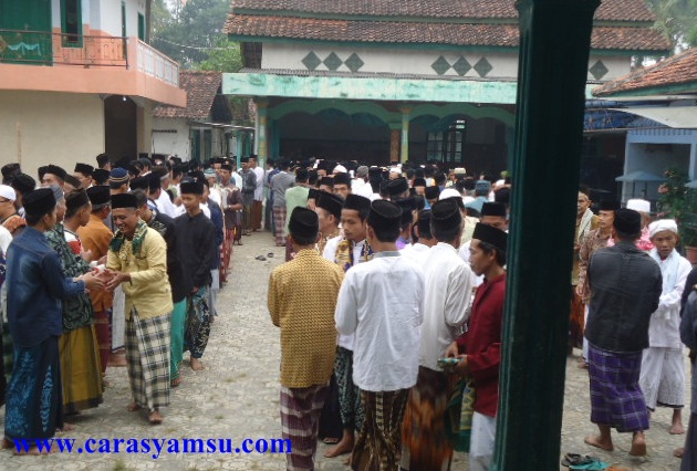 Tradisi Halalbihalal di Hari Raya Idul Fitri
