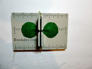 4-leaf clover hair bow