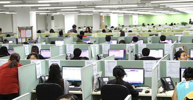 Morena arremete contra call centers