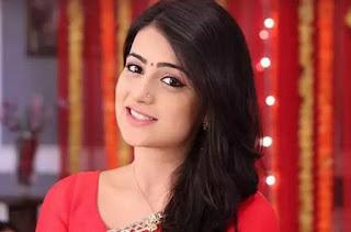 Profil Radhika Madan