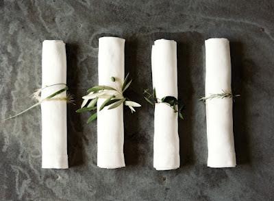 Mesa olivo hilo blanco decoracción bodas