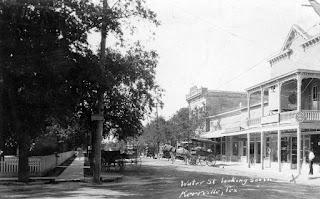 700 Block of Water Street, Kerrville, 1920s
