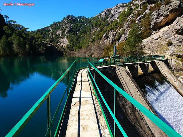 Presa laguna negra, Nacimiento río Borosa, Pontones, Sierra de Cazorla, Jaén, Andalucía