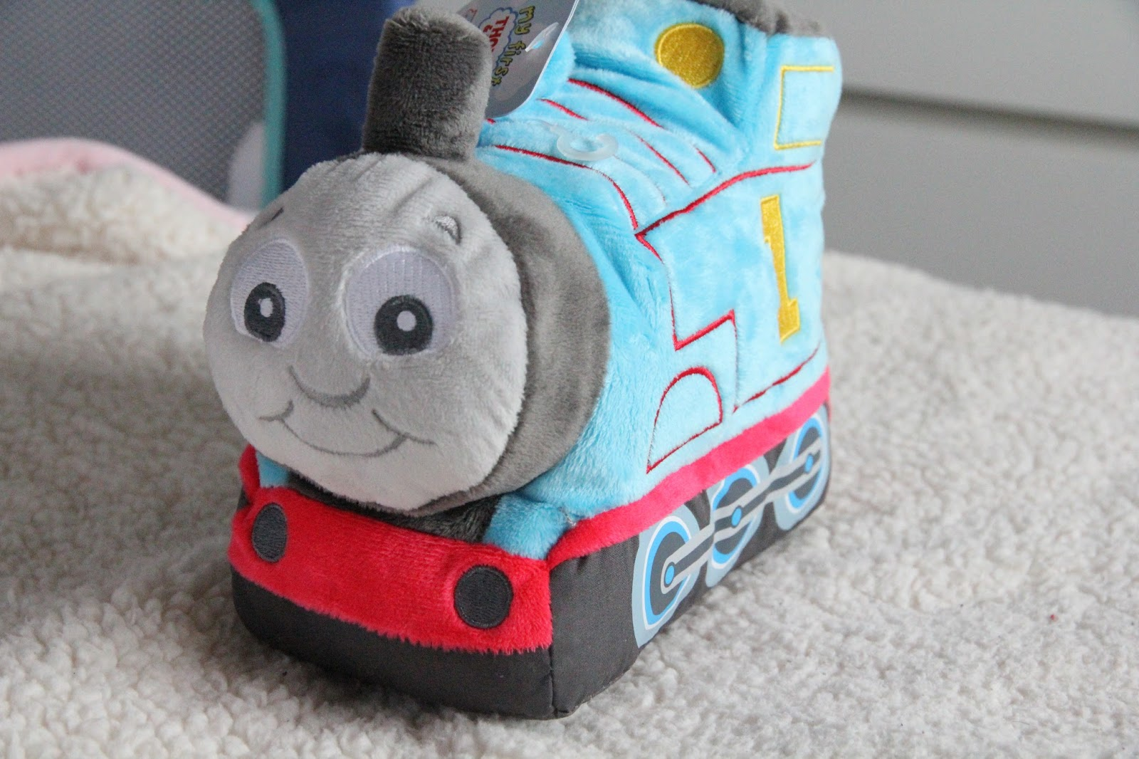Thomas and Friends has always been a hit in our house, the children love watching him on TV, so it was no surprise that we loved this comforter and soft toy.
