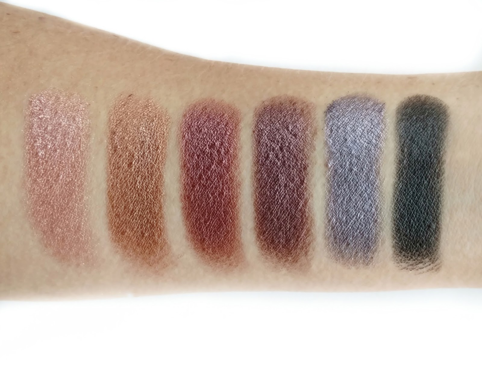 Supernova 18-Color Baked Eyeshadow Palette by BH Cosmetics #3