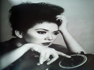 Gambar Profile Syahrini Penyanyi Yang Ingin Dikenang Selamanya