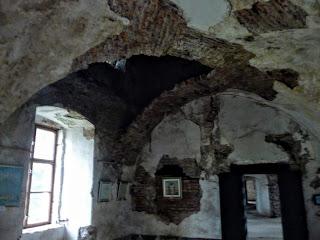 Замок Сент-Міклош. Спадок радянського минулого
